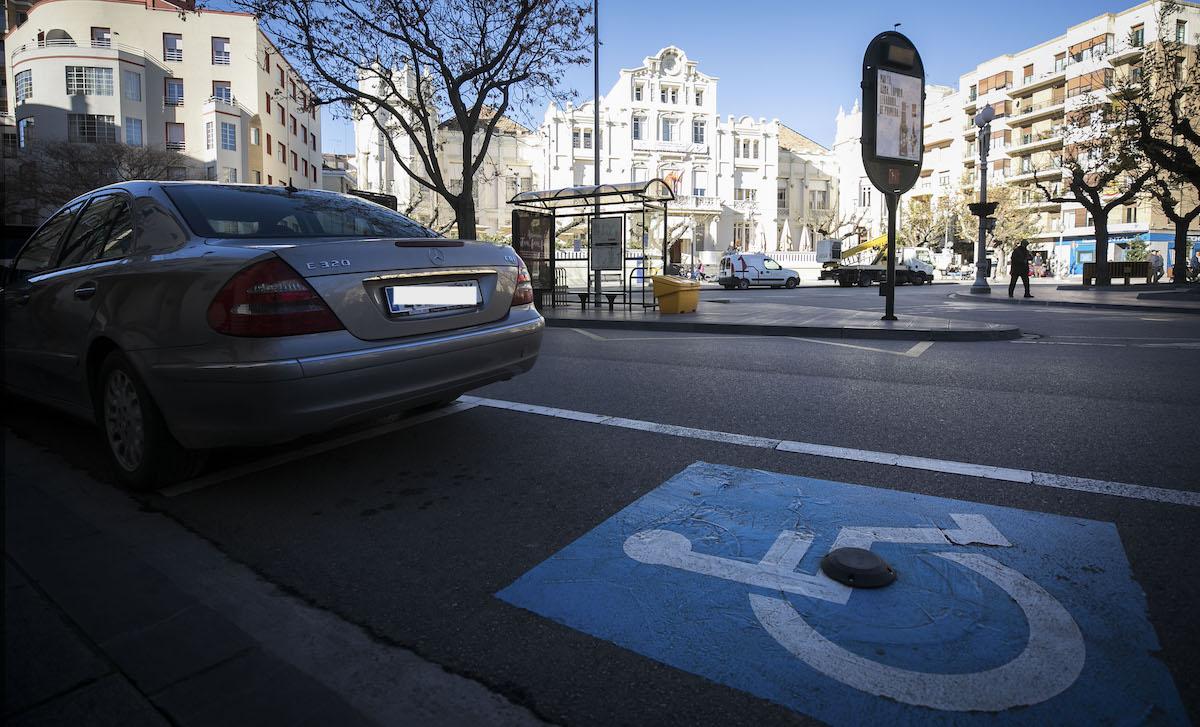 Disabled parking lots monitoring